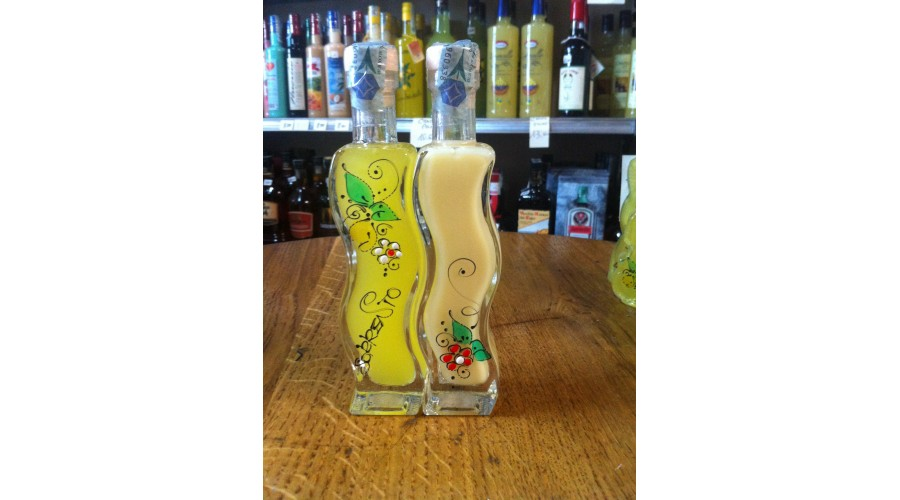 Limoncello and lemons cream in double bottle 20 cl.