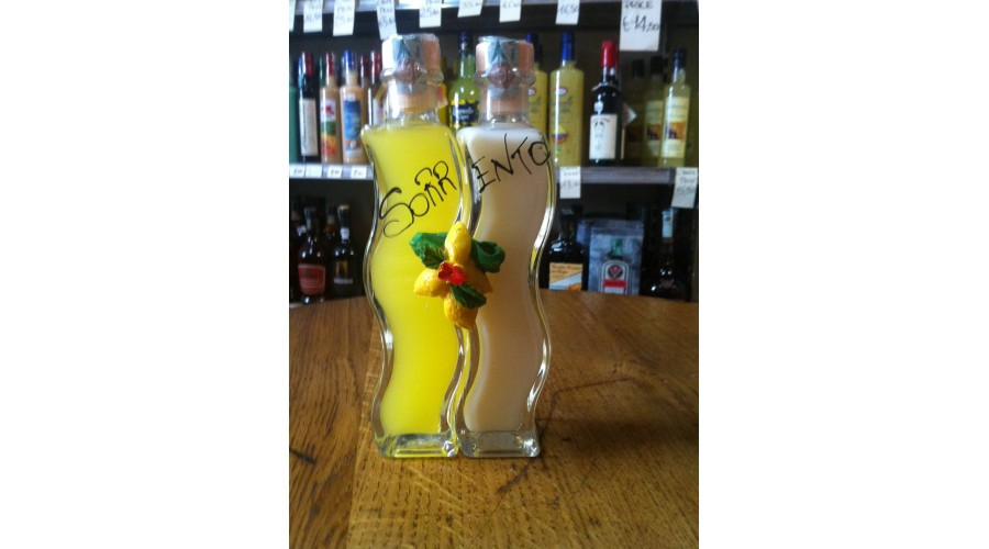 Limoncello and lemons cream in a double bottle 40 cl.